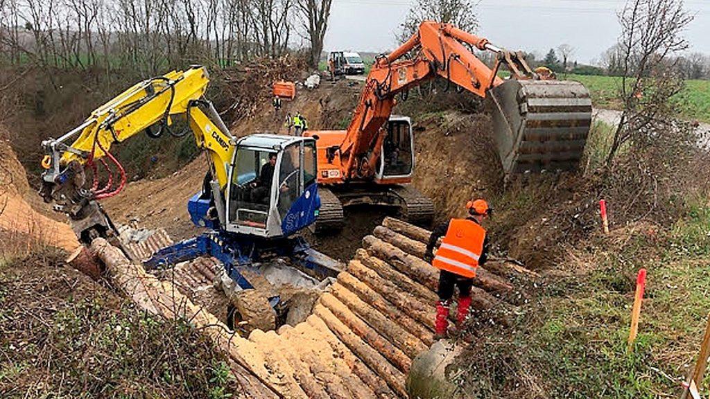 seuils bois travaux erosion ecoulement eaux de pluie luzinay
