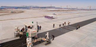 machines coffrage glissant Wirtgen SP500 aeroport Beijing