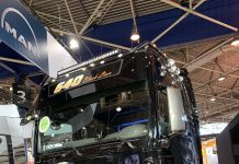 Man Tracteur camion transport Solutrans