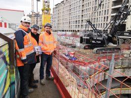 Lyon Pelles à câbles Liebherr HS8050HD terrassement profond parking Saint Antoine