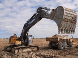 Construction réservoir d'eau dans les Everglates